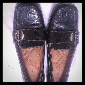 Naturalizer dark brown loafer